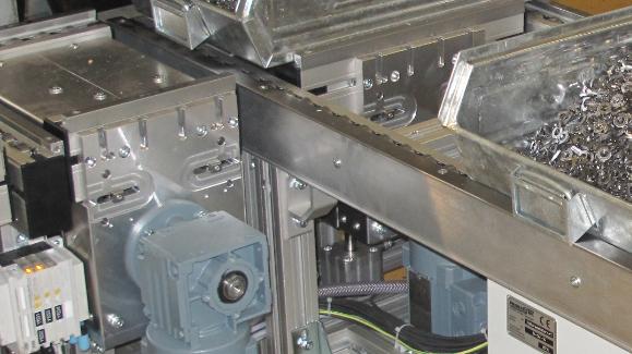 Kistenwechsler erhöht den Automatisierungsgrad beim Stanzen, der Weg zur automatisierten Produktion
