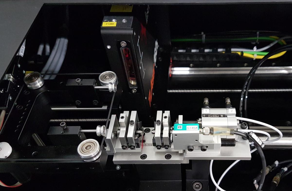 Baumer Senor an einer Sondermaschine